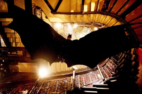 batman descends