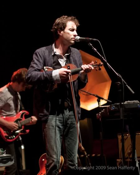 Andrew Bird playing the violin