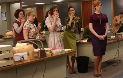Joan and the secretaries of Mad Men smoke in the office